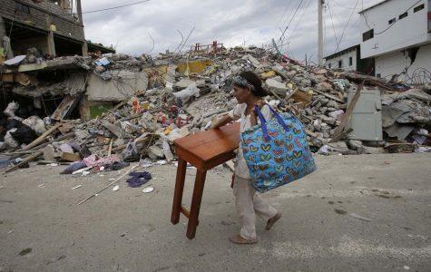 Students Help Ecuador's Earthquake Victims
