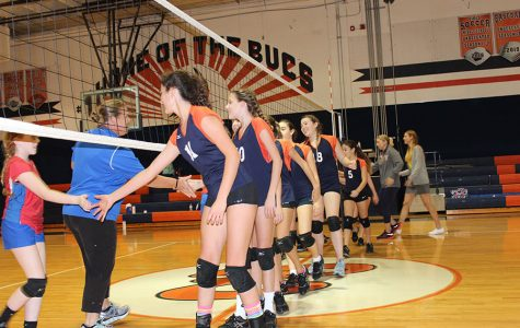 Middle School Volleyball Team Finishes Second