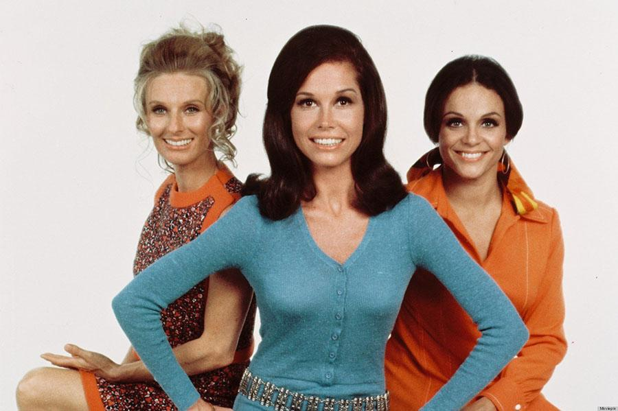 Cloris Leachman (left), Mary Tyler Moore (centre), and Valerie Harper pose for a publicity photo for