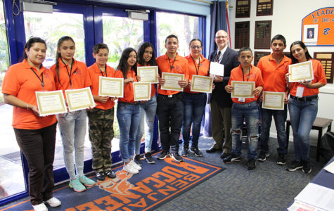 Colombian Students Visit TBS
