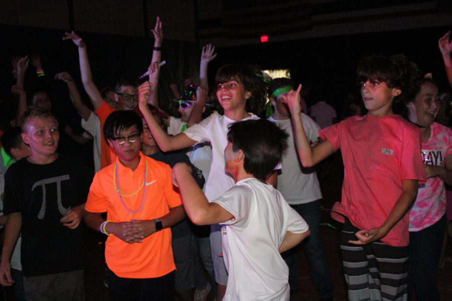 A+group+of+sixth+graders+have+some+fun+at+the+Middle+School+Dance+held+on+September+28.