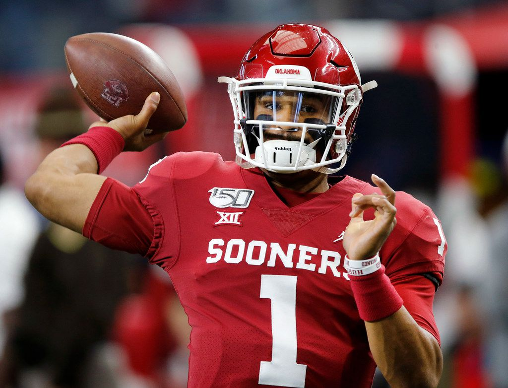 Jalen Hurts and the high-flying Oklahoma Sooners are back at it for the third straight year, looking to finally make it past the semifinals. The only thing that stands in their way is #2 ranked LSU.