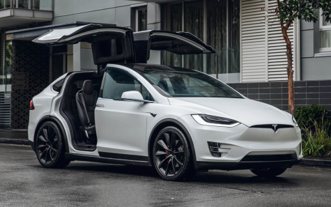The Tesla Model X possesses the ability to autopilot and drive itself.