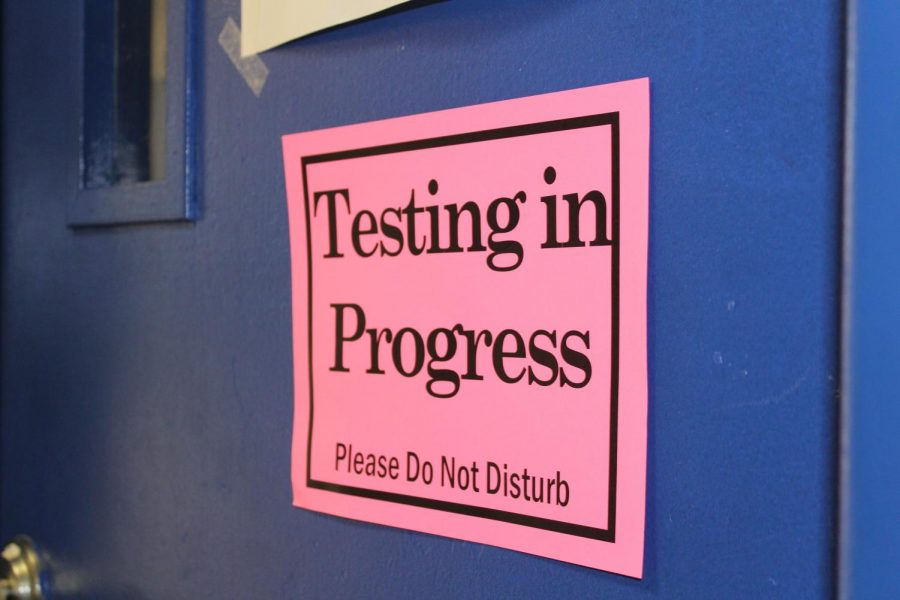 Signs+are+posted+on+classroom+doors+to+ensure+students+have+the+best+testing+environment.