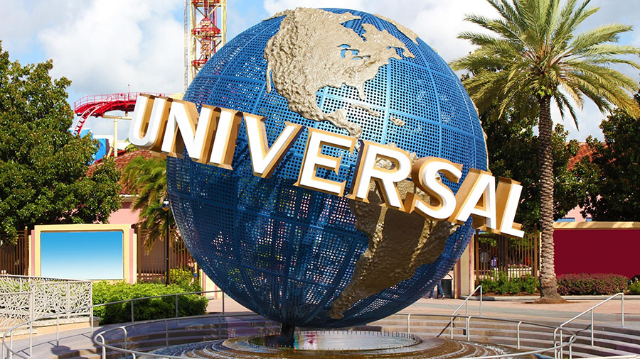 The+eighth-grade%27s+day+trip+to+Universal+on+May+18+will+be+the+first+physical+field+trip+by+the+Middle+School+in+more+than+a+year.