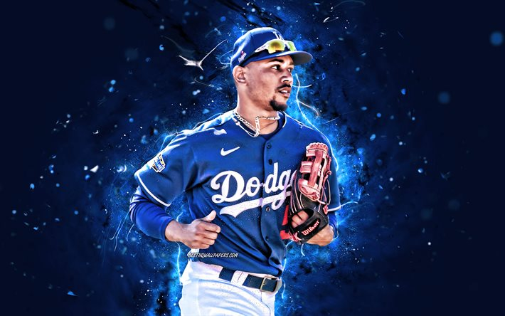 Outfielder+Mookie+Betts+hopes+to+bring+the+Dodgers+to+back-to-back+World+Series+this+year.